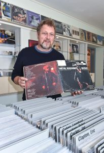 Eugen-Hirneise-Vinyl-Audio-Design-Jettingen